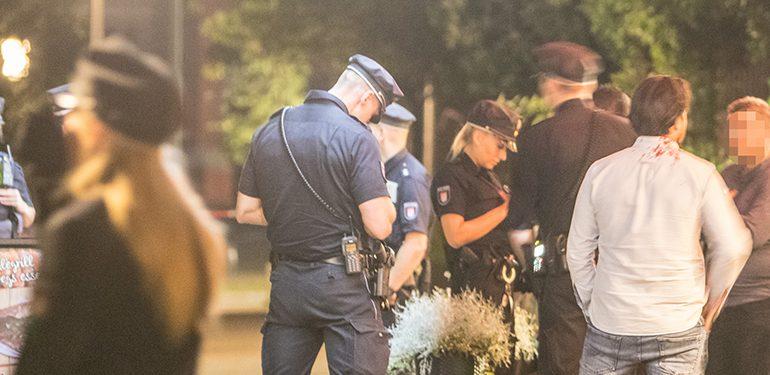 Streit eskaliert - Plötzlich fallen Schüsse! - Großeinsatz der Polizei
