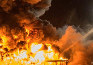 Großbrand! - Druckerei in Hohenfelde in Flammen