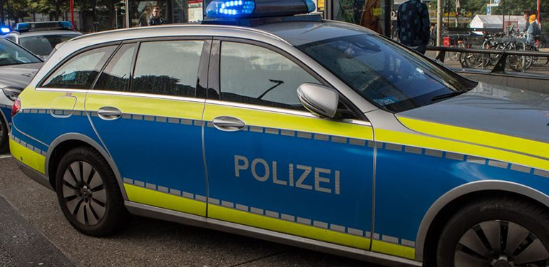 5 verletzte Personen! - Schwerer Verkehrsunfall in Eidelstedt