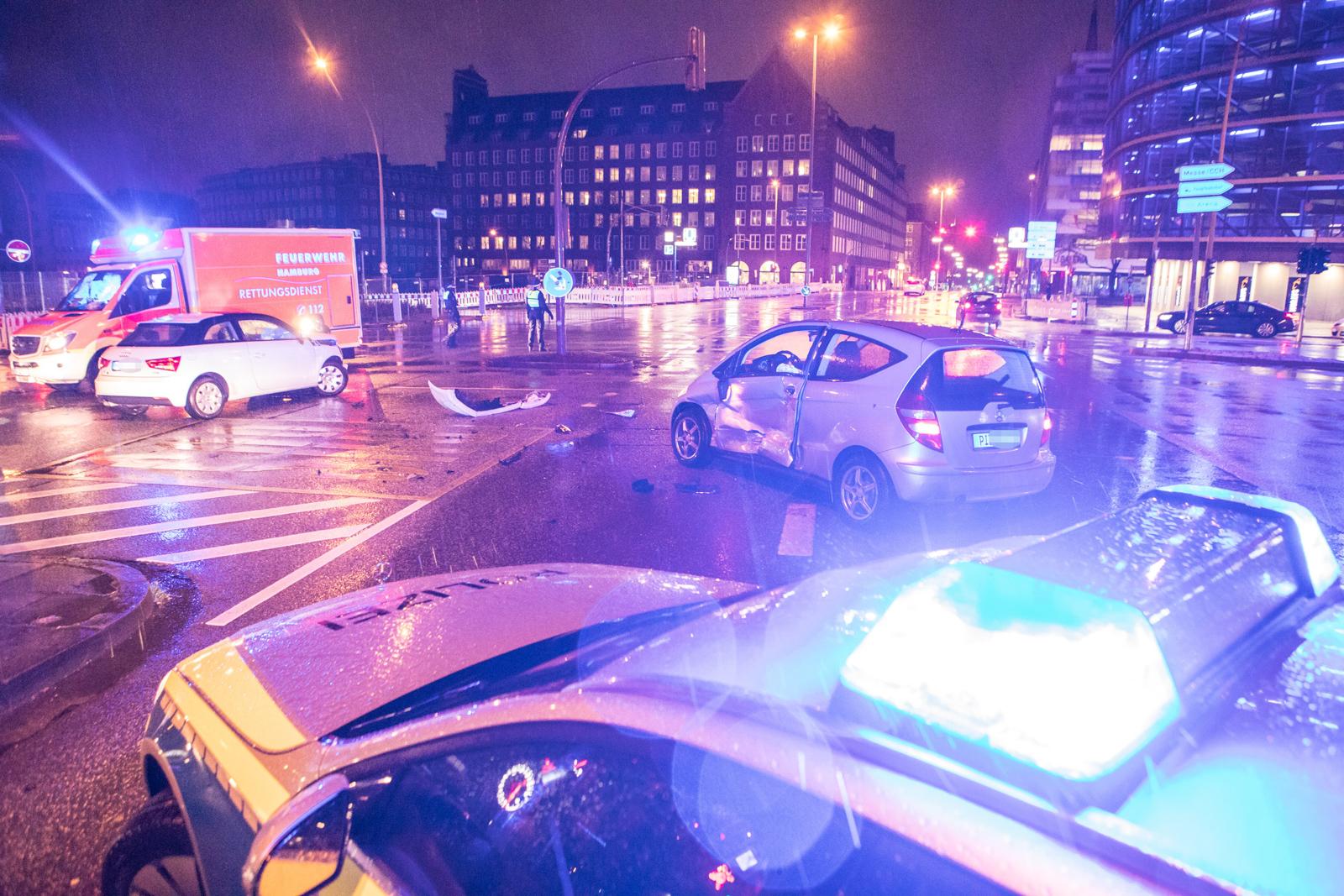 Kreuzungscrash in der Innenstadt – Ampelanlage ausgefallen
