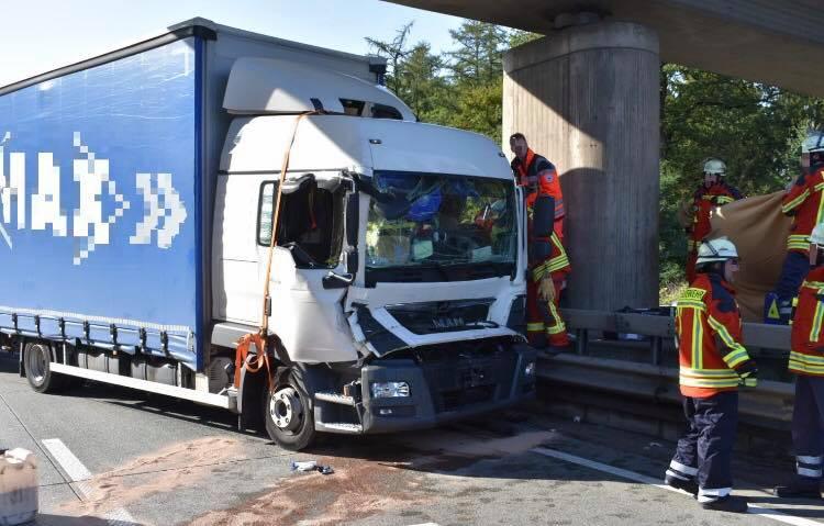 Schwerer Verkehrsunfall auf der A1
