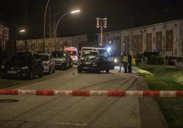 Zivile Polizisten schießen bei Fahrzeugkontrolle auf Mercedes! - Fahrzeug fuhr bei Festnahme plötzlich auf die Beamten zu! - Großeinsatz