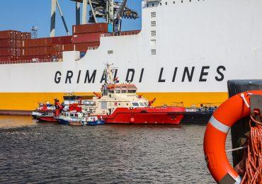 Aufwändige Rettung: Zwei Verletzte nach Unfall auf Bunkerschiff gerettet